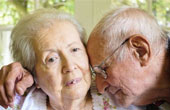 Пансионат для больных Альцгеймером: преимущества перед домашним уходом