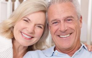 Имплантация для восстановления зубов у возрастных пациентов