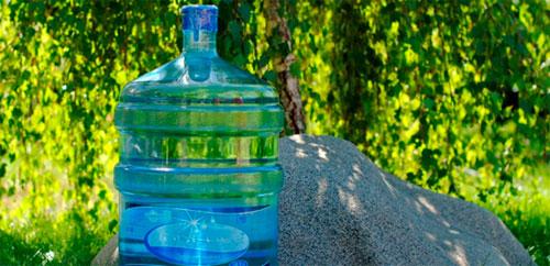 Питьевая вода в бутылях