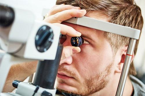 Показания к проверке зрения