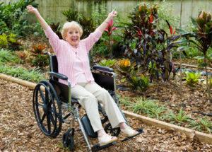 Как выбрать инвалидную коляску? виды и особенности
