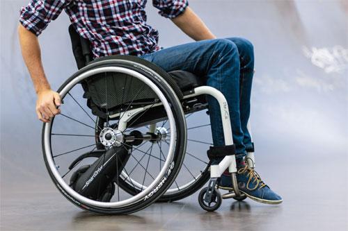 Как можно усовершенствовать инвалидную коляску