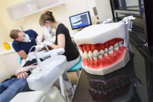Сложные случаи в стоматологии