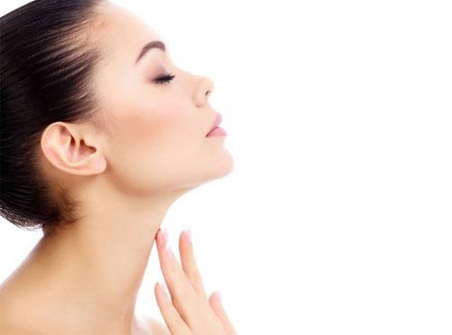 Мезотерапия как эффективный способ омоложения кожи на шее и в области декольте