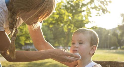 Чем опасна рвота у ребенка