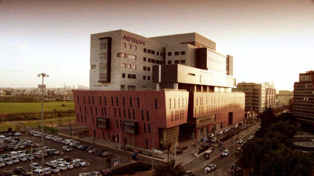 Клиника Ассута: результаты клинического испытания по межтеловому спондилодезу