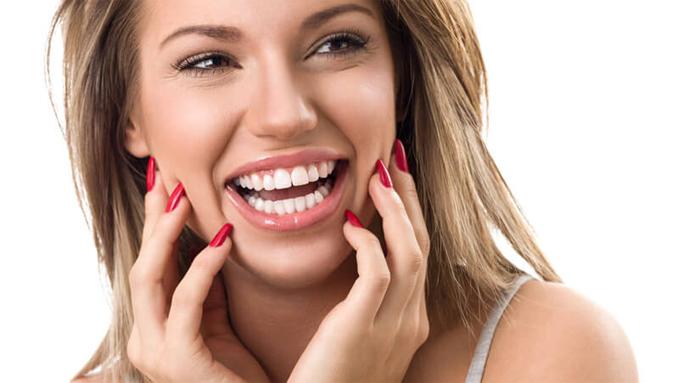 Лечение, протезирование и имплантация зубов
