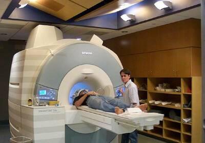Где найти адреса и цены на МРТ головного мозга в СПб?