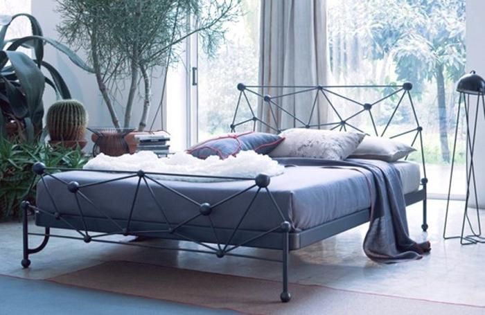 Кованые кровати в стиле лофт: особенности дизайна