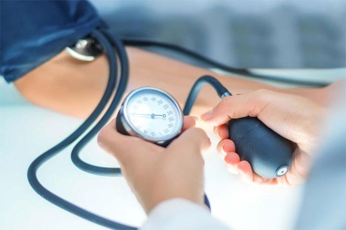 Тонометр AND механический – традиционный медицинский прибор для измерений артериального давления